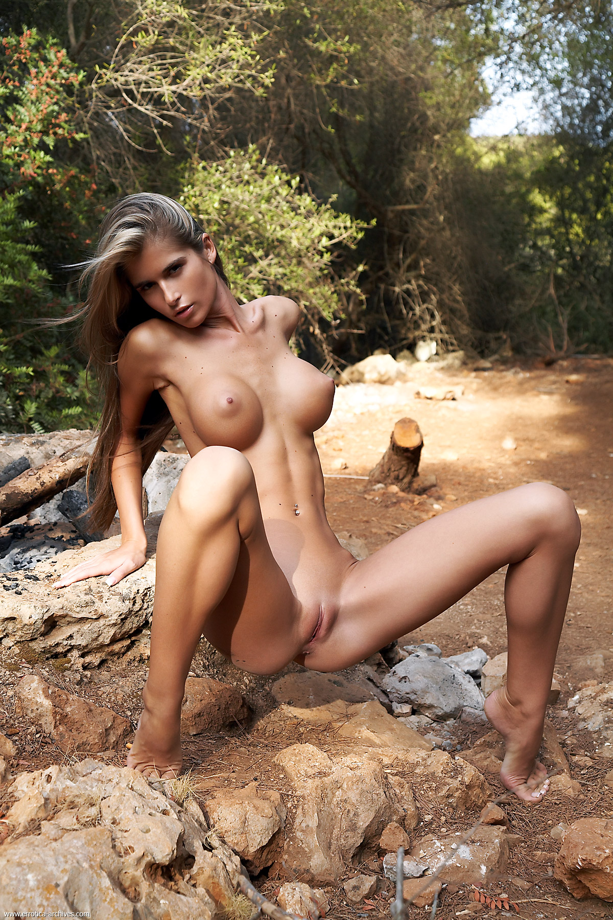 Nude girls in amazon forest pictures pornos photos