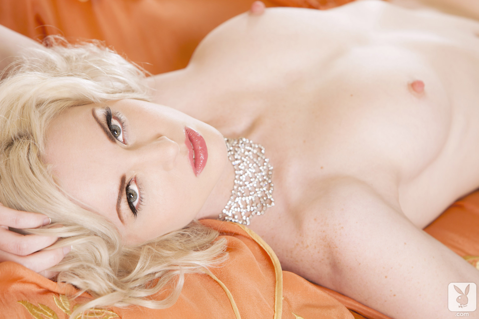 Playboy : Hot blond Playboy pet Carissa White